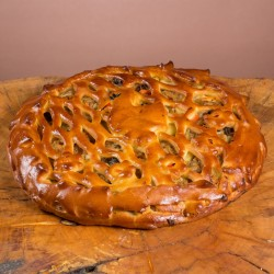Пирог дрожжевой с уткой