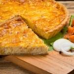 Пирог лоранский с семгой