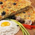 Пирог лоранский с языком и грибами