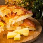 Пирог дрожжевой с ананасом