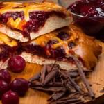 Пирог дрожжевой вишня с шоколадом