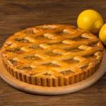 Пирог песочный с лимоном и заварным кремом