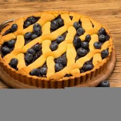 Пирог из песочного теста с черникой