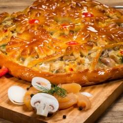 Пирог дрожжевой с курицей и грибами