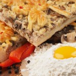 Пирог дрожжевой с мясом и грибами