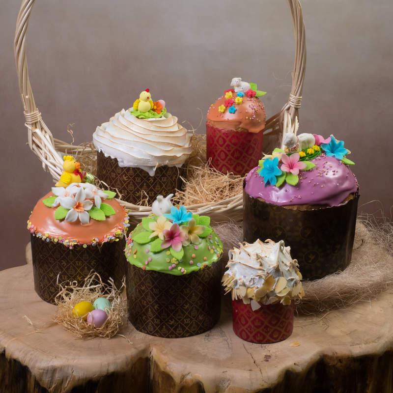 Пасхальные куличи и торты